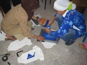 Boujad girls silkscreening